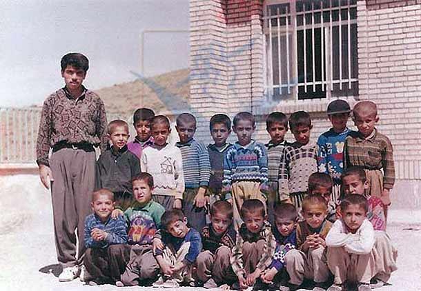 وکیل فرزاد کمانگر: فرزاد یک معلم نمونه و شاعری بزرگ بود