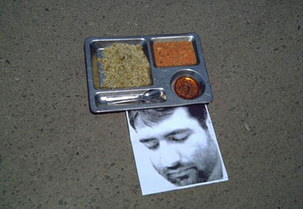 مادر مجید توکلی در همراهی با پسرش اعتصاب غذا کرد
