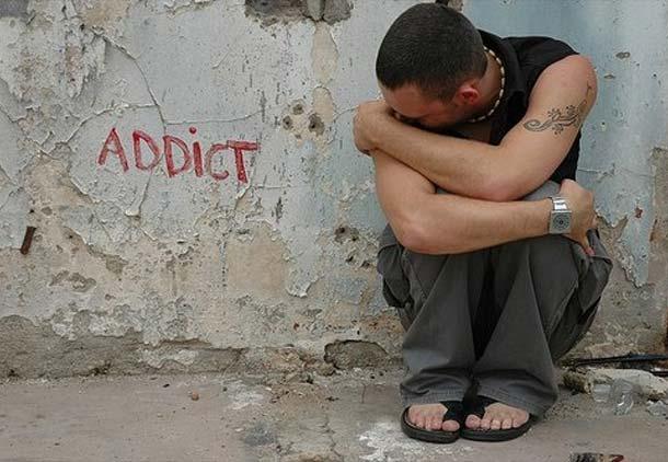 نوجوانان و مصرف الکل و مواد مخدر/ سیاوش جمالفر