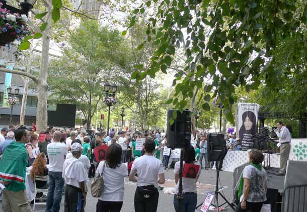 """سفر به نیویورک برای گفتن """"نه"""" به احمدی نژاد"""