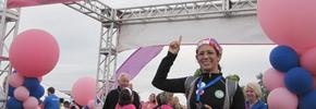 راهپیمایی برای مبارزه با سرطان سینه