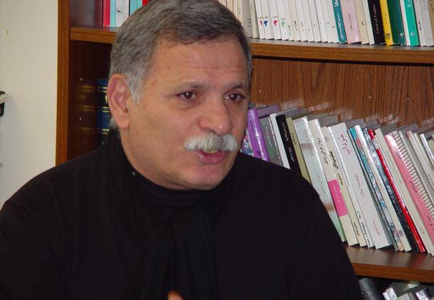 پرویز قلیچ خانی، از فوتبالیست عدالتخواه تا ناشر آرش