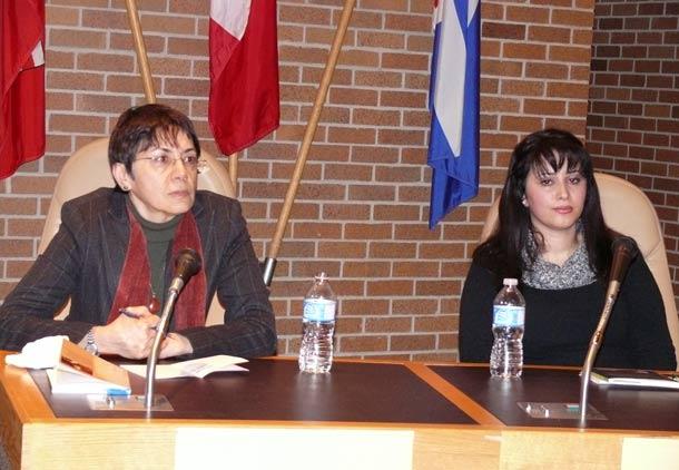 نشست کانون کتاب تورنتو با فرشته مولوی و آوا هما/ فرح طاهری