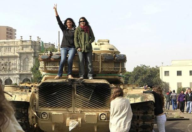 خاورمیانه به کدام سو می رود: اسلام سیاسی یا سکولاریسم؟