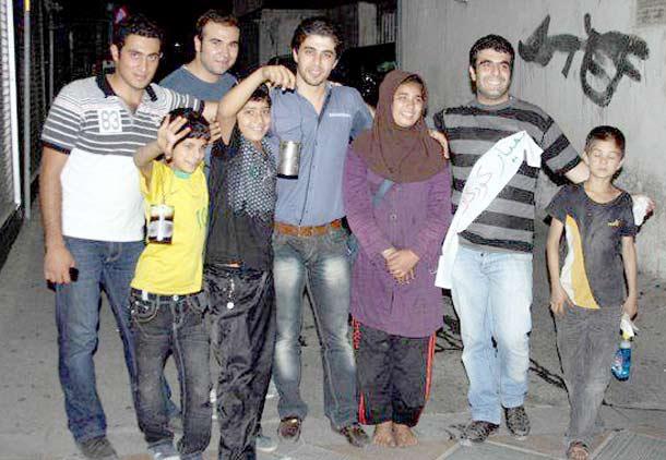 همیاری جوانان تهرانی با کودکان کار