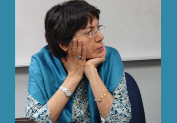 جوانمرگی نویسندهی ایرانی/ فرشته مولوی