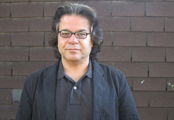 کنگره ایرانیان کانادا یک نهاد غیر حزبی اما سیاسی است/ شهرام تابع محمدی