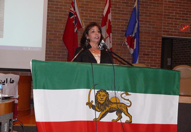 سکولارهای سبز تورنتو به استقبال روز جهانی زن رفتند/فرح طاهری
