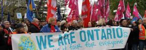 تظاهرات چندین هزار نفره اتحادیه ها علیه کاهش و یا قطع بودجه ها