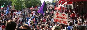 تظاهرات ۱۰۰ هزار نفری دانشجویان در مونترال