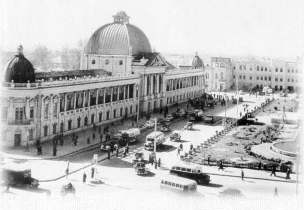 میدان حسن آباد – شاهراهی به خاطرات/نیره رهگذر