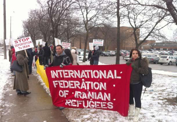 در اعتراض به حکم اخراج سپهر حاجی پور از کانادا