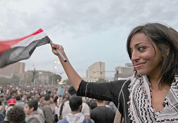 نگاهی به تاریخ جنبش زنان در مصرِ معاصر/آرش عزیزی