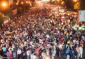 حضور گسترده مردم در خیابان های ایران