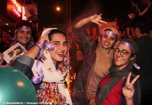 زنان و دختران حضوری گسترده در انتخابات داشتند