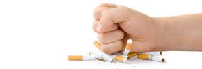 سیگاری ها ۱۰ سال کمتر از دیگران عمر می کنند/ دکتر پرویز قدیریان