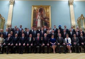 نخست وزیر کانادا به همراه کابینه ی ترمیم شده اش