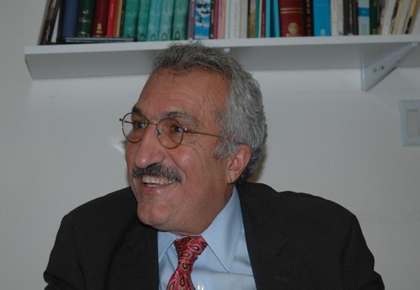 گفت و گوی شهروند با دکتر عباس میلانی/ بهرامی/ زرهی