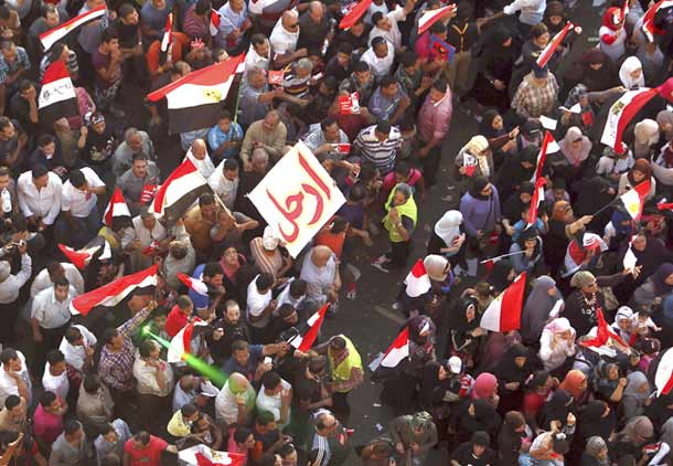 ارتش مصر محمد مرسی را برکنار کرد