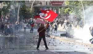 صحنه ای از تظاهرات مردم ترکیه
