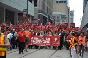 UNifor-rally