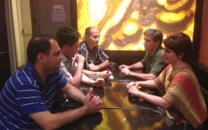 گروه کمک به زندانیان مالزی در تورنتو از راست: نازگل مومنی، حسین رئیسی، مهدی ترابی کیا، هومن رضوی، آرش علیا