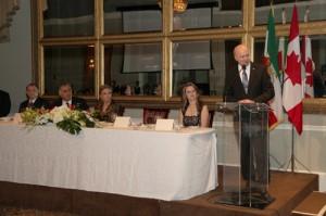 دکتر رضا مریدی در شب پشتیبانی از دمکراسی سخنرانی کرد