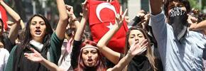 ترکیه:انتخابات ۳۰ مارس و بحران در صفوف حاکمیت/علی قره جه لو