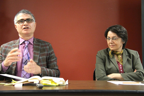 فرشته مولوی و حمید اکبری در جلسه کتاب ماه تهرانتو