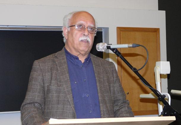 سخنرانی داریوش آشوری در دانشگاه یورک تورنتو/ گزارش: بهنوش میربزرگی
