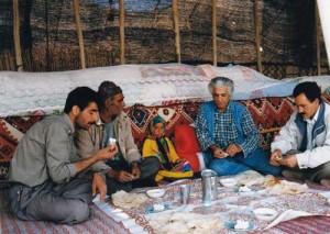 پرویز تناولی میهمان قشقایی ها ـ سال 1995
