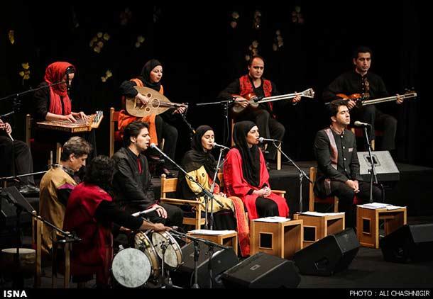 حضور نوازنده زن در اکثر شهرها در کنسرت ها ممنوع است