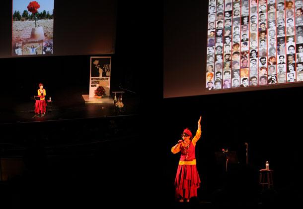 """برگزاری مراسم """"همبستگی با زندانیان سیاسی ایران"""" در تورنتو"""