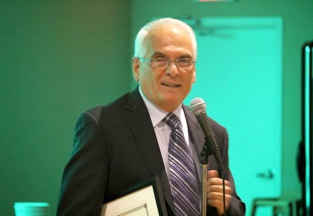 دهمین سالگرد انجمن کانادایی متخصصان ایرانی علم غذا و تغذیه  و قدردانی از کوشش های دکتر جهانی اول