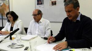 از راست: حمید نوذری، فریبرز جباری، مینا احدی در کنفرانس مطبوعاتی