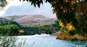 دهانه زاینده رود