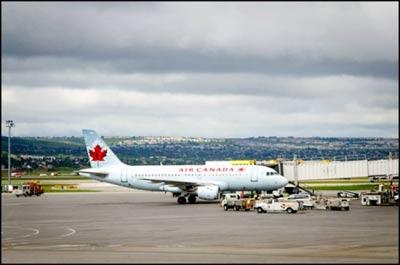 فرود اضطراری پرواز کالگری ـ لندن در تورنتو