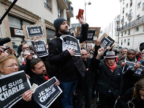 اطلاعیه گزارشگران بدون مرز در مورد حمله خونین به نشریه شارلی ابدو