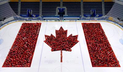 پرچم کانادا پنجاه ساله شد