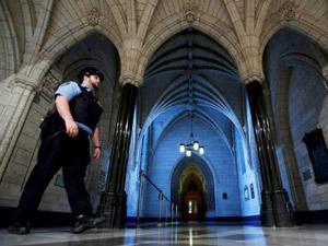 هزینه های گزاف اقدامات امنیتی در جریان حمله به پارلمان