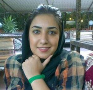 گزارشگران بدون مرز حکم ١٢ سال حبس آتنا فرقدانی را محکوم کرد
