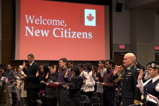 ۳۰۳۳ پناهجوی ایرانی طی ۹ سال به کانادا آمده اند