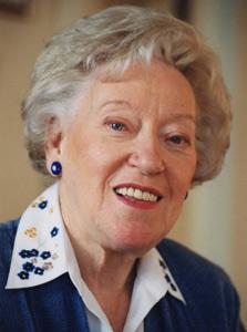 اولین زنی که وزیر امور خارجه کانادا شد، درگذشت