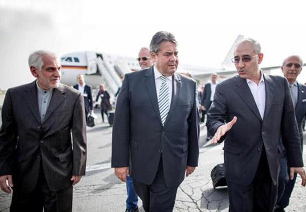 گابریل زیگمار با هیئت همراهش وارد تهران شد