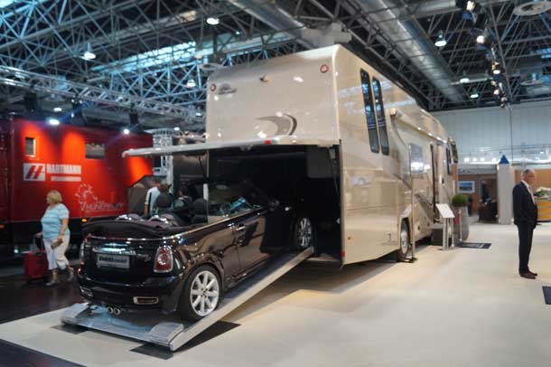 Caravan-ex-2