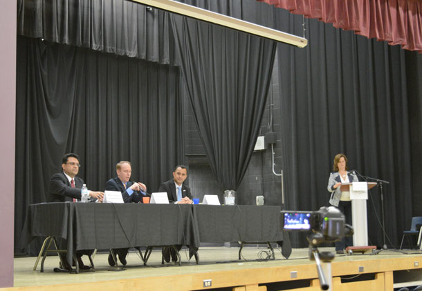 مناظره کاندیداهای سه حزب در ریچموندهیل