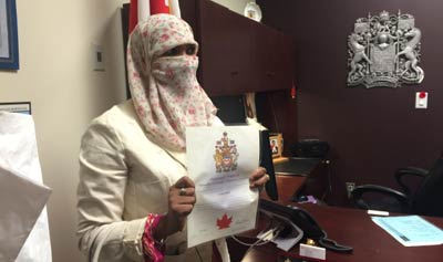 کنگره مسلمانان کانادا خواستار ممنوعیت نقاب و برقع شد