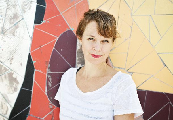 سارا استریدبرگ؛ در آرزوی گُل سرخی که در بیابانهای خشک بروید/ برگردان: عباس شکری