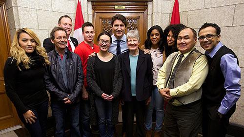 گفت وگوی چهره به چهره ده کانادایی با جاستین ترودو