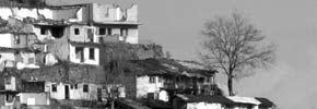 عاقبت چسباندن اعلامیه های کمونیستی روی در و دیوار مسجد/ ترجمه: بهرام بهرامی ـ حسن زرهی